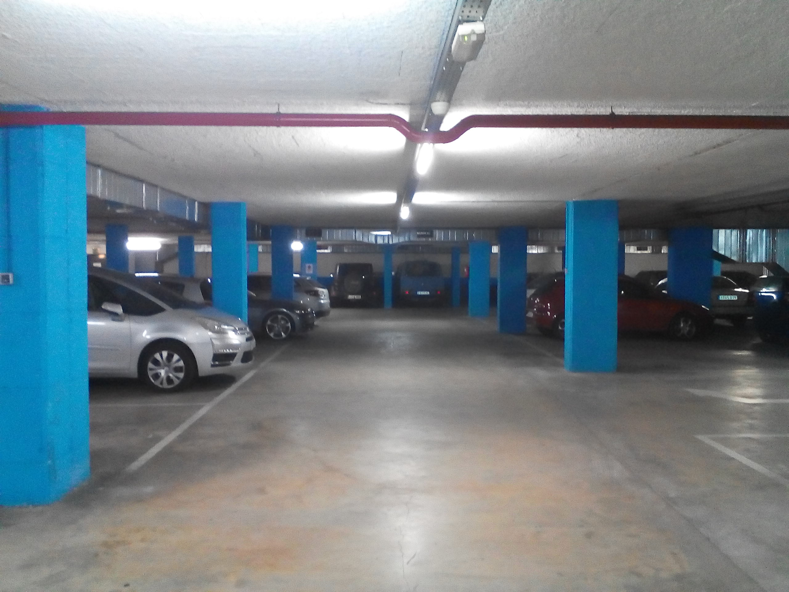 consultorio de parking y garaje