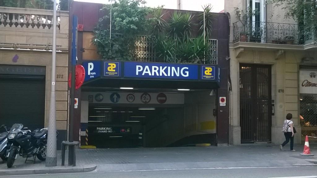 Entrada Parking C. Valencia