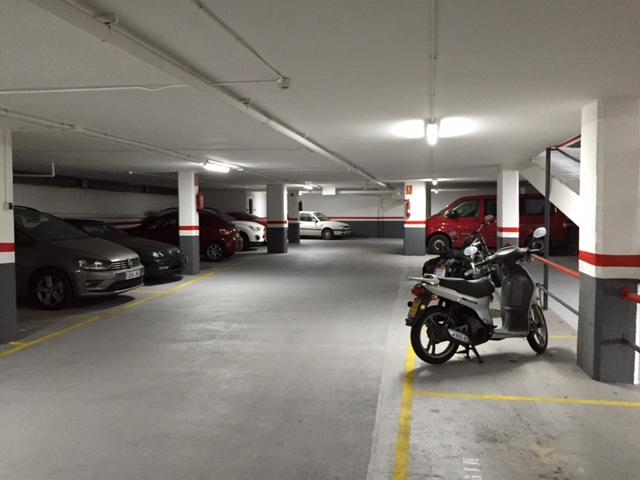 invertir en garajes en barcelona