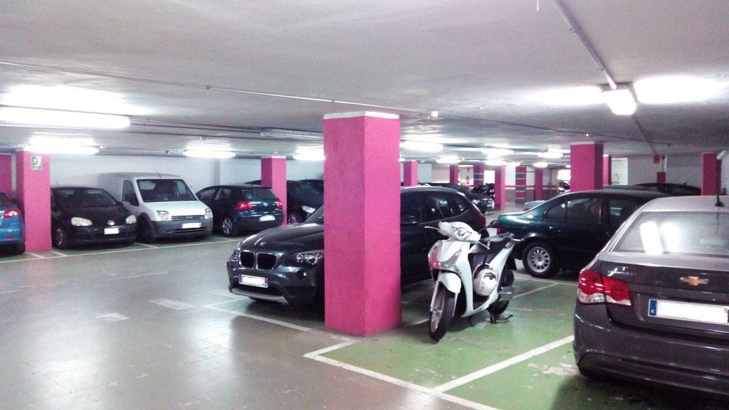 garaje-en-rotacion-junto-parc-de-la-ciutadella