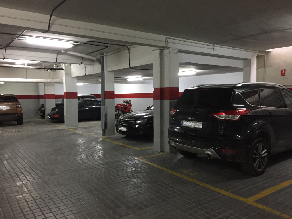 invertir en lote de plazas de parking alquiladas en madrid