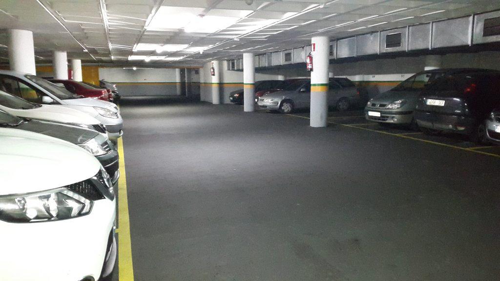 lote plazas de parking con inquilino