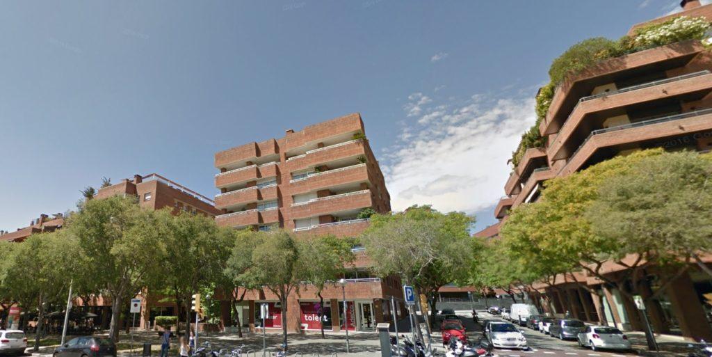 Lote de 5 plazas de parking en sarri barcelona - Comprar parking en barcelona ...