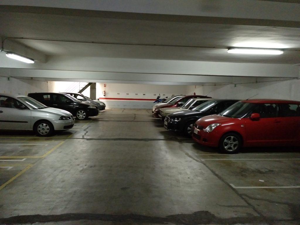 Parking de 66 plazas en barcelona eixample dreta for Rentabilidad parking