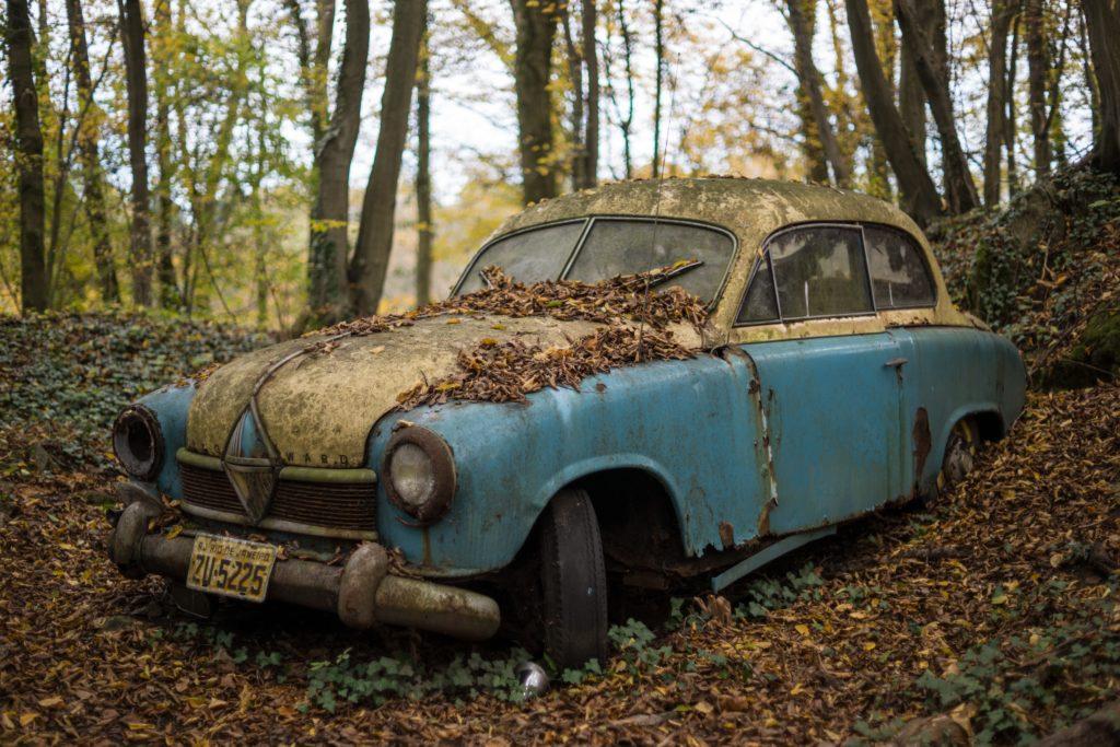 C mo sacar un coche abandonado de un garaje - Garaje de coches ...