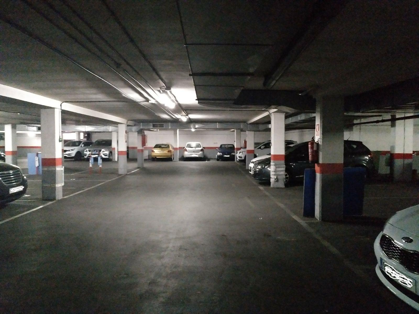 Lote de plazas de garaje en fuenlabrada for Cepos para plazas de garaje