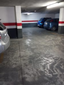 Se venden dos plazas de garaje junto Hospital de Peset de Valencia