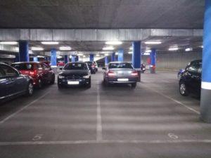 Lote de plazas de garaje en Sevilla, Nervión