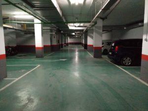Venta de una planta entera de 82 plazas de garaje en zona Retiro
