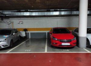 Lote de 3 plazas de garaje en Sabadell